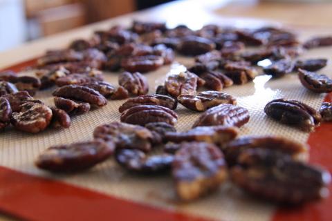 פקאנים מסוכרים בסיר לבישול איטי1